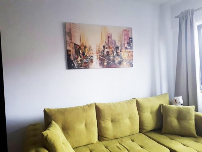 poza primita din locatia unde a fost expusa pictura de la noi (1)