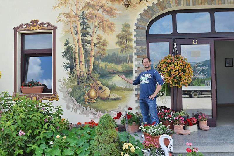 Pictura exteriora - pensiune. Poza 68773