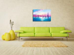 Poza avum tabloul expus pe perete (1)