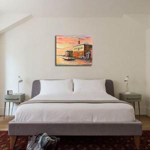 acum tabloul expus pe perete