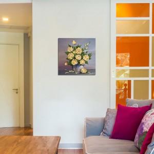 Poza acum tabloul expus pe perete (2)